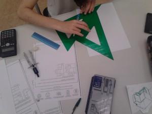 Preparación de examen de ingreso de Bellas Artes, EASD, Artes y Oficios y Selectividad de Bachiller Artístico. Repaso de dibujo técnico ESO y Bachiller.
